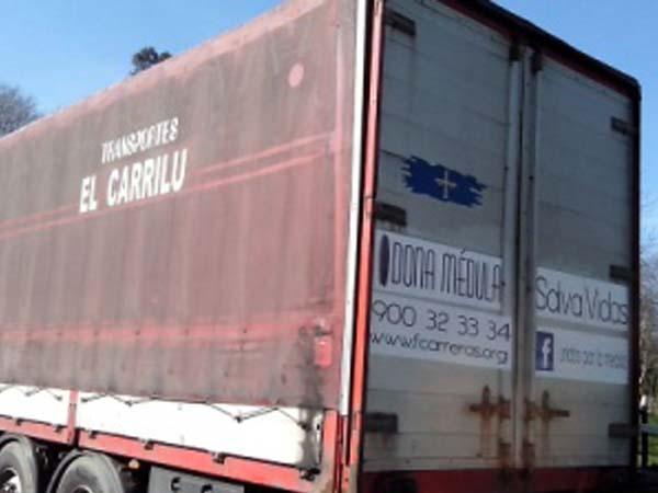 Dona Médula en trailers recorriendo España