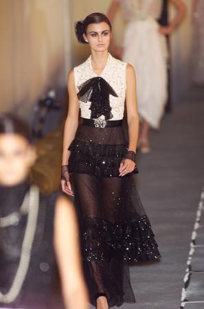 Chanel Spring 2001 Hc Black And White Ensemble Profile