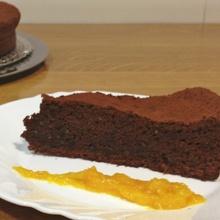 Tarta de chocolate, almendra y naranja