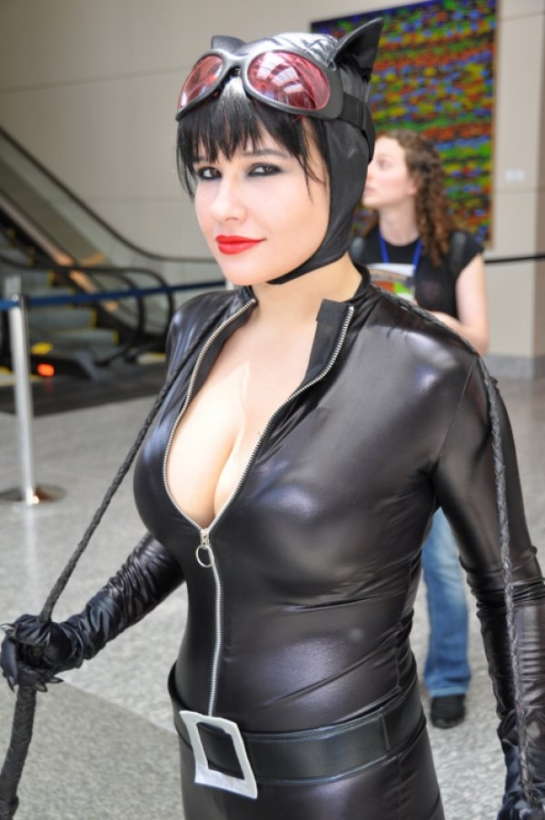5d73977277477615c7e3e81850cceb1b Catwoman Cosplay 545x820