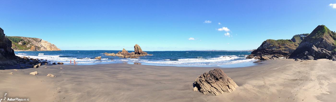 Reguero Cordial Beach Asturias2