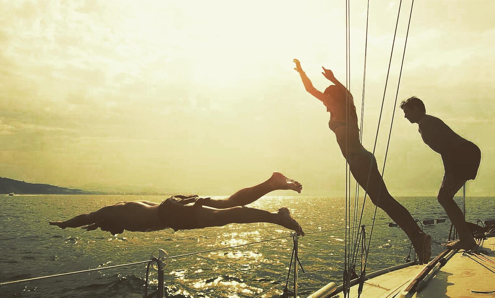 Yanpy Post 140 Summer Friends Sailboat