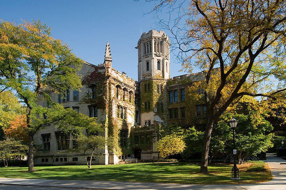 9. Universidad de Chicago