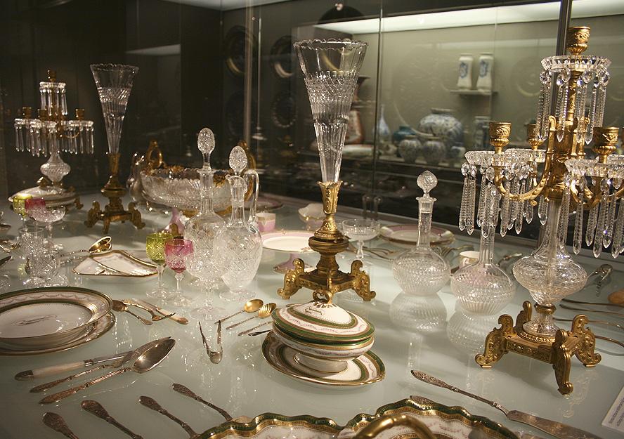 Vajilla personal de los coleccionistas. Museo Lázaro