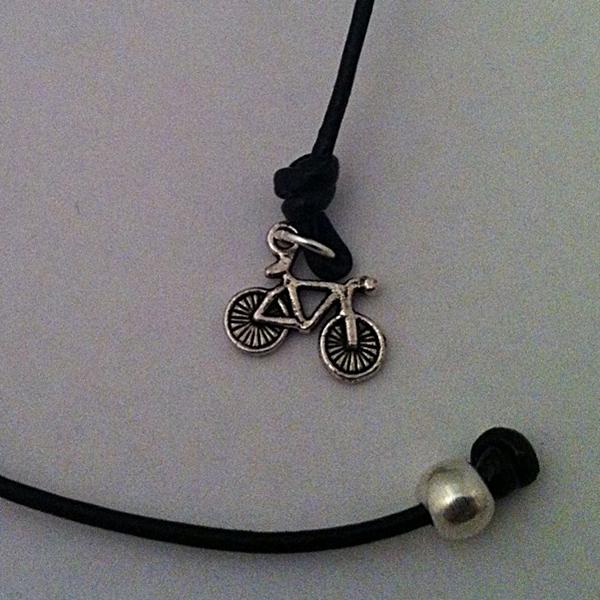 Marcapaginas Bici Negro Cerca Jpg