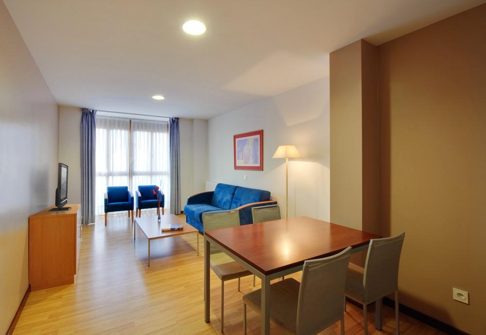 Salon Apartamento De 2 Habitaciones Gijon Centro Blue San Esteban