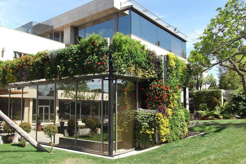 Ceador de jardines verticales beqbe for Jardines verticales construccion