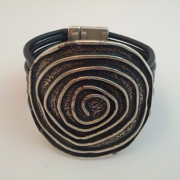 Pulsera Espiral Redonda Negro Jpg