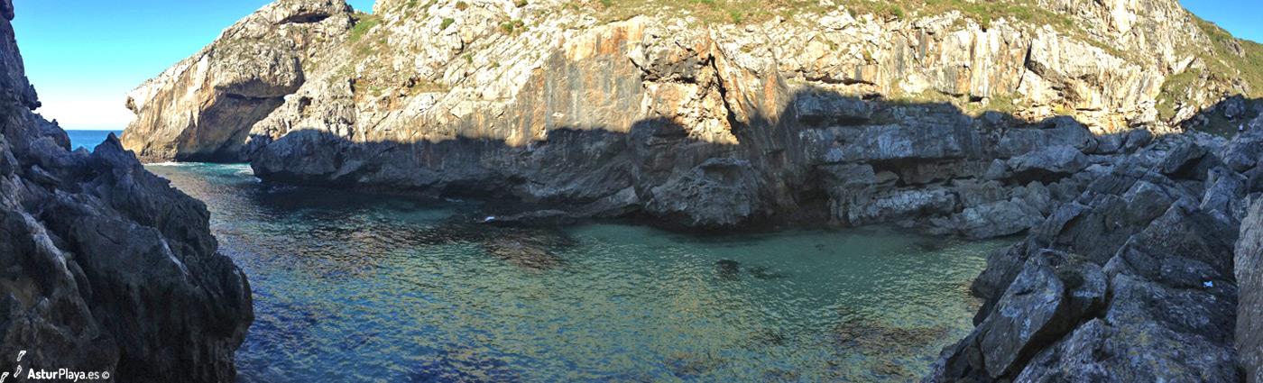 Regolgueru Cove Ribadedeva
