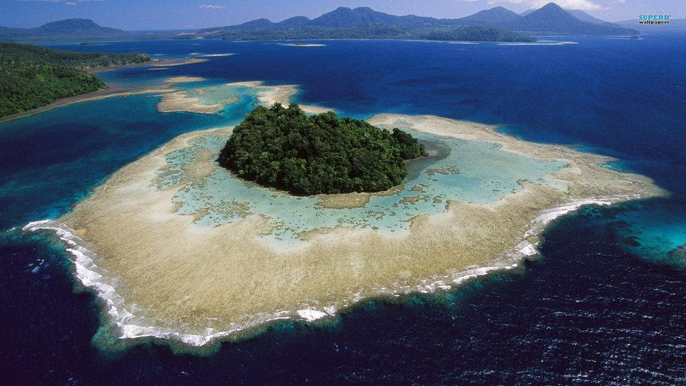 26278 Island In Kimbe Bay Off Papua New Guinea P