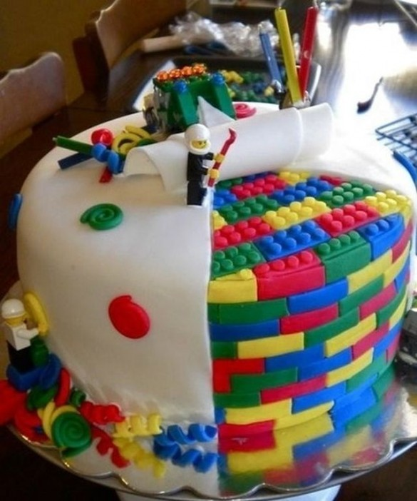 Amazing Lego Cakes1 585x702