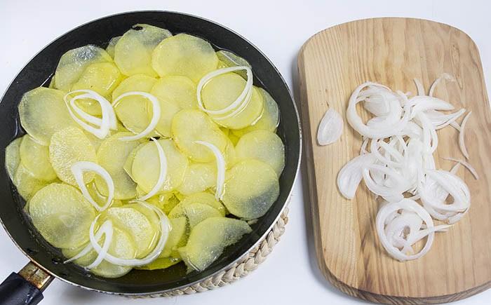 Patatas Cebolla