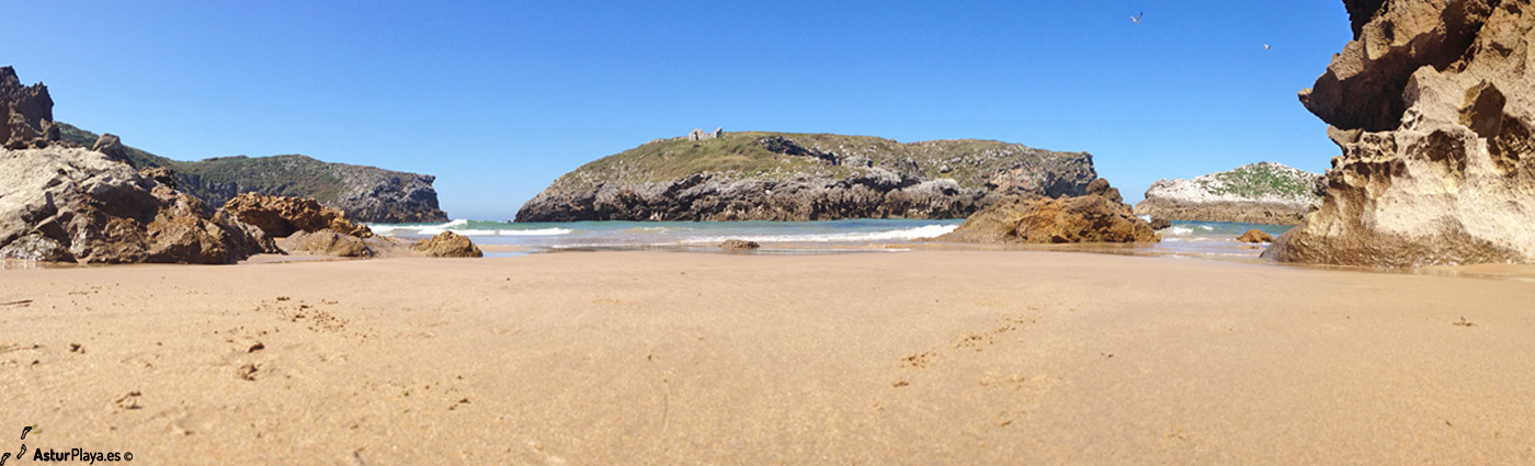 Antilles Cue Beach Llanes Asturias2