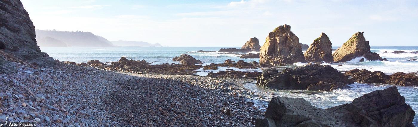 Las Yeguas, hacia la playa de Las Llanas