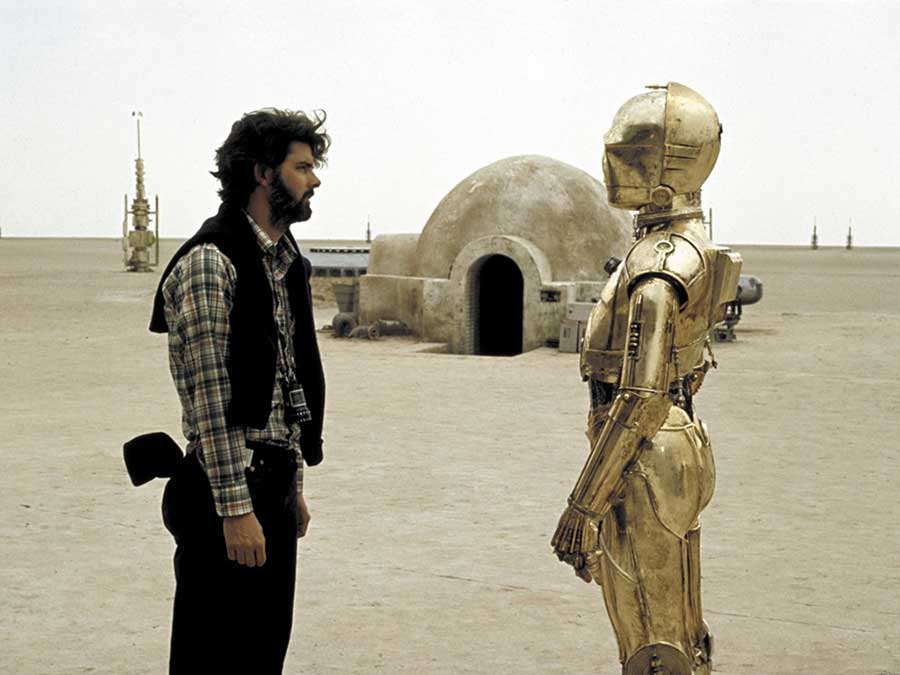 George Lucas And Anthony Daniels As C 3po On The Set Of Star Wars
