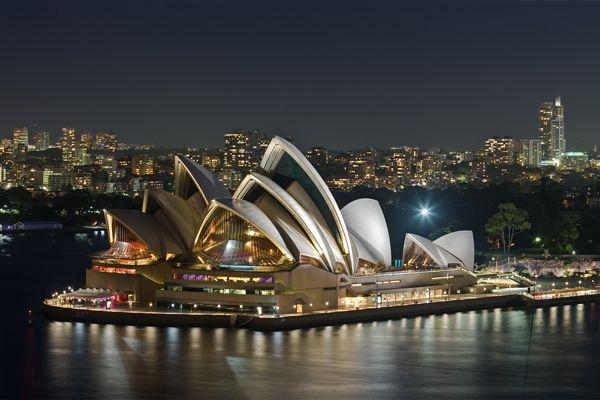 3. La Casa de la Ópera de Sidney (Australia)