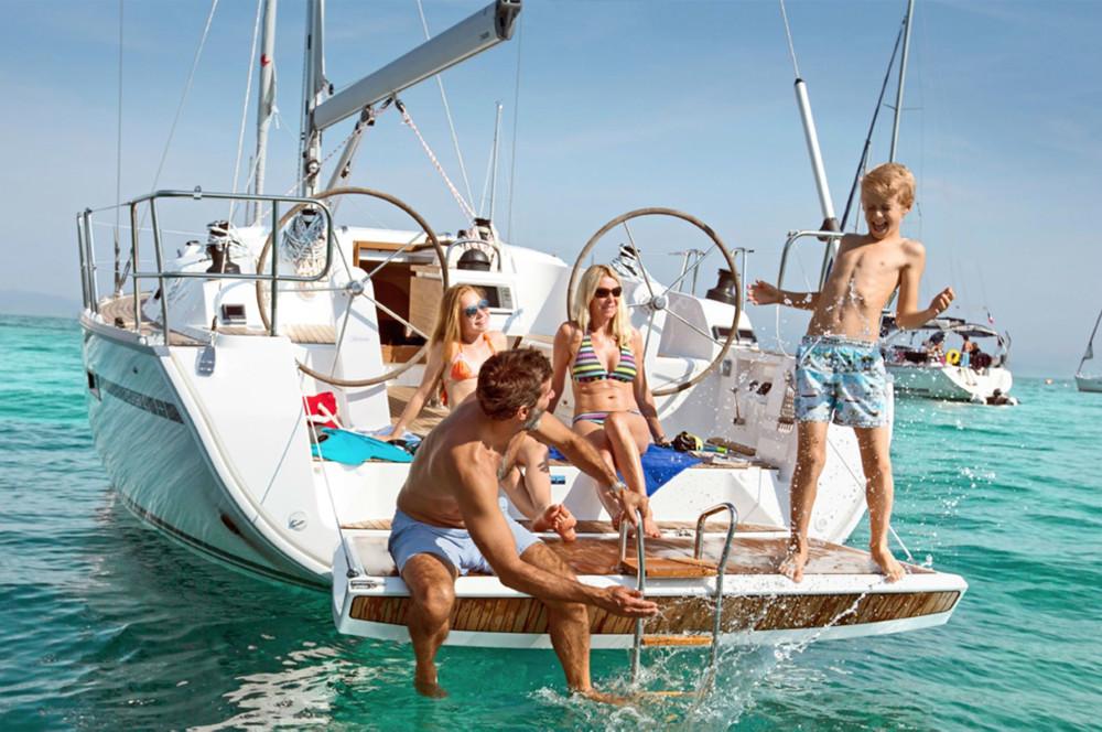 Yanpy Post 123 Sailing Family