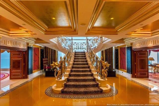 Inside The Most Expensive Seven Star Hotel In Dubai Burj Al Arab 001
