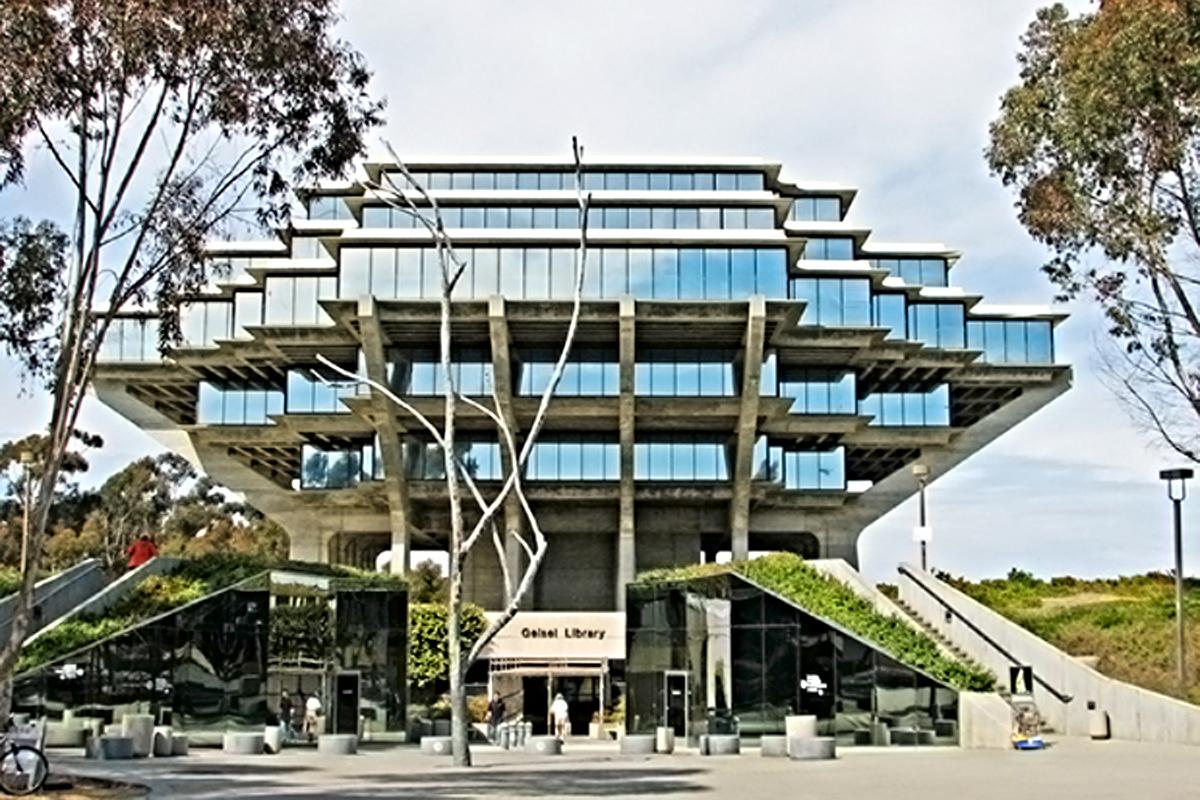 14. Universidad de California-San Diego