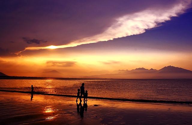 Bahía de Da Nang (Vietnam) - PublicDomainPictures (pixabay)