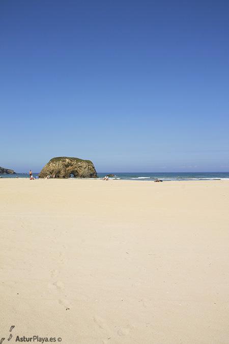 Penarronda Beach Asturias