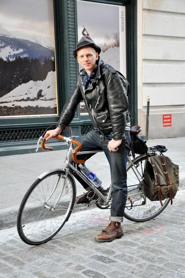 Street Fashion New York Boy In Bike