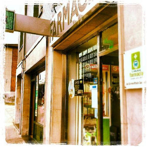 Farmacia Llamaquique. Oviedo