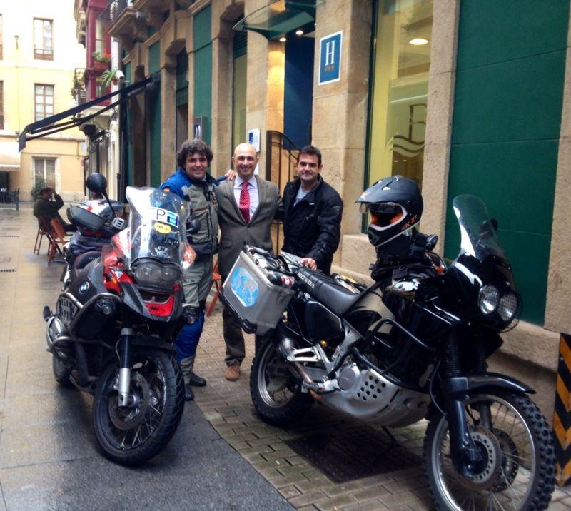 Fernando Quemada Aventurero En Moto En Gijon Blue Hoteles