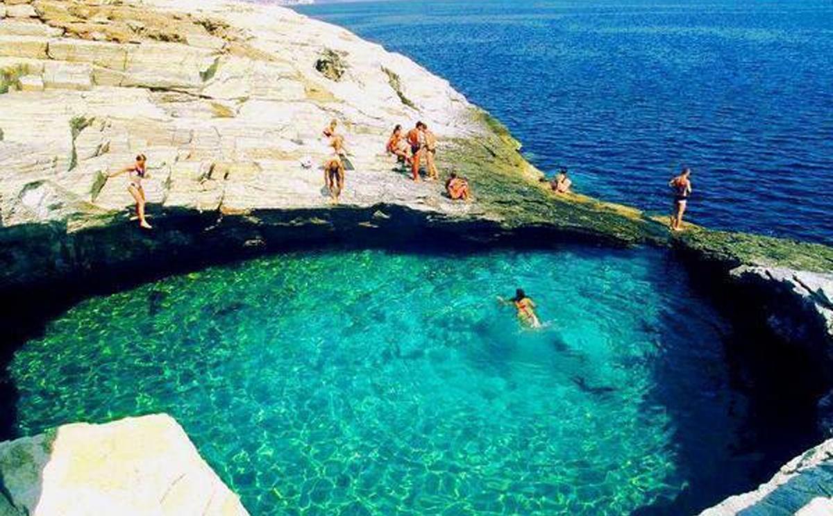 Laguna Giola, piscina natural en Thassos, Grecia