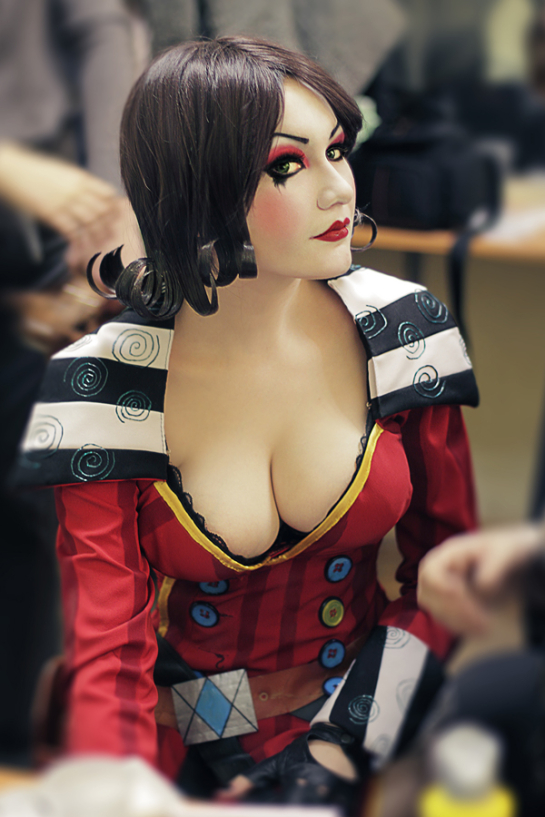 Mad Moxxi Borderlands Cosplay In Process By Monoabel D5ozbex 545x817