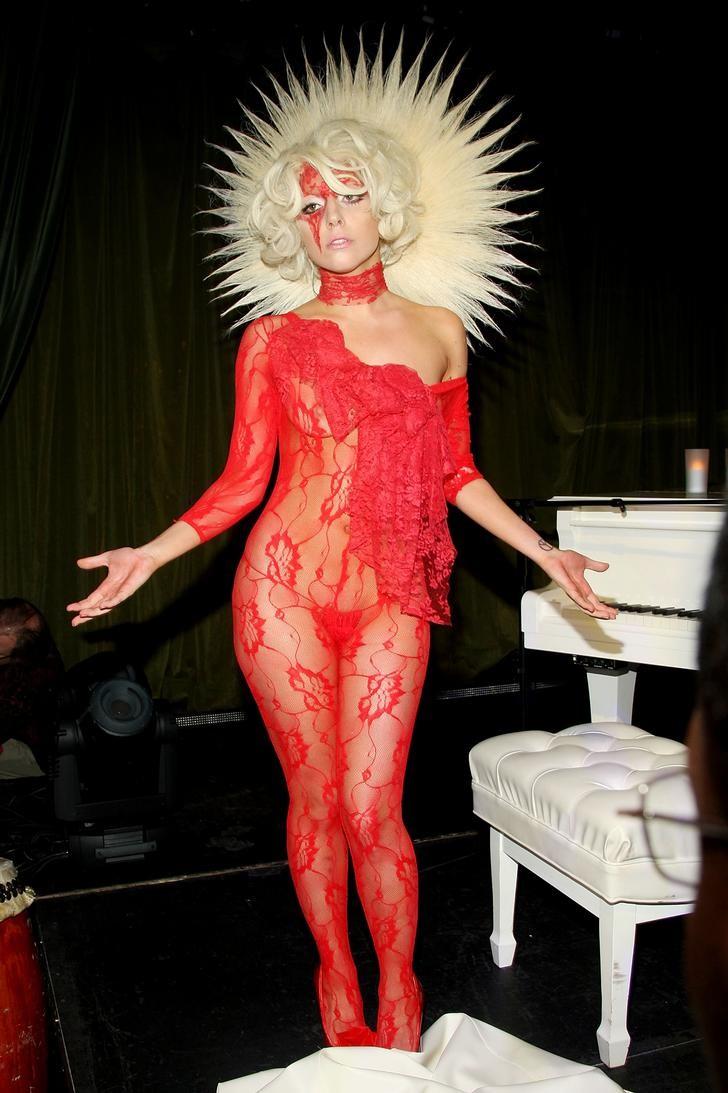 Gaga12