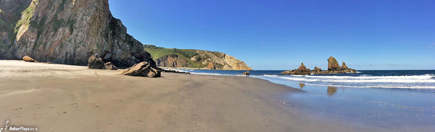 Reguero Cordial Beach Asturias5