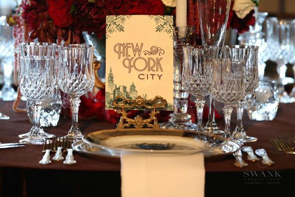 Great Gatsby Wedding Table Setting