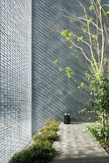 Optical Glass House By Hiroshi Nakamura 03 Jpg