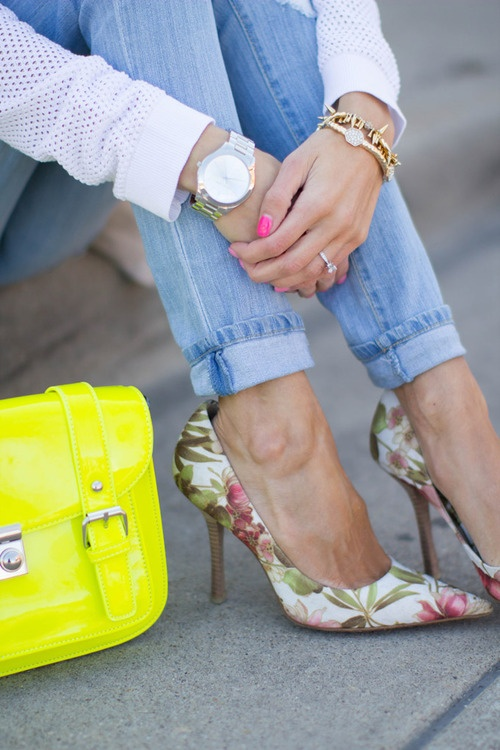 Cuffed Jeans Yellow Shoes