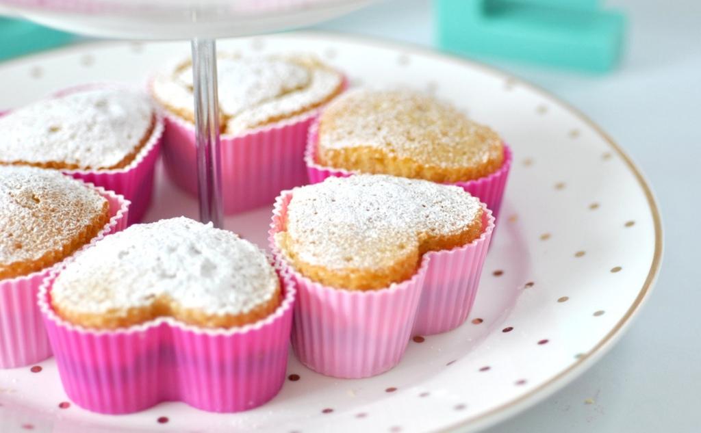 Cupcakes Love 32676398 1249 772