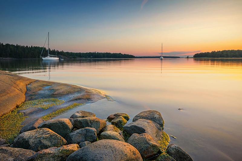 Yanpy Post 108 Yacht Charter Sweden
