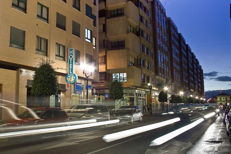 Hotel Playa de Poniente, Gijón