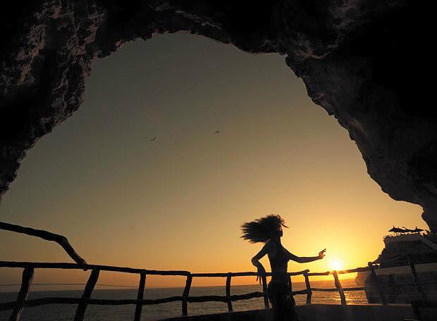 Yanpy Post 47 Sunset Cova Den Xoroi Menorca