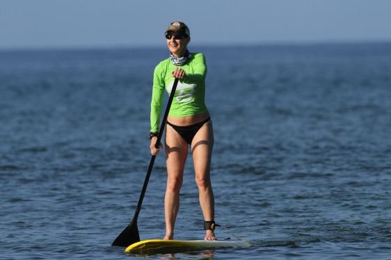 Helen Hunt en las playas de Maui
