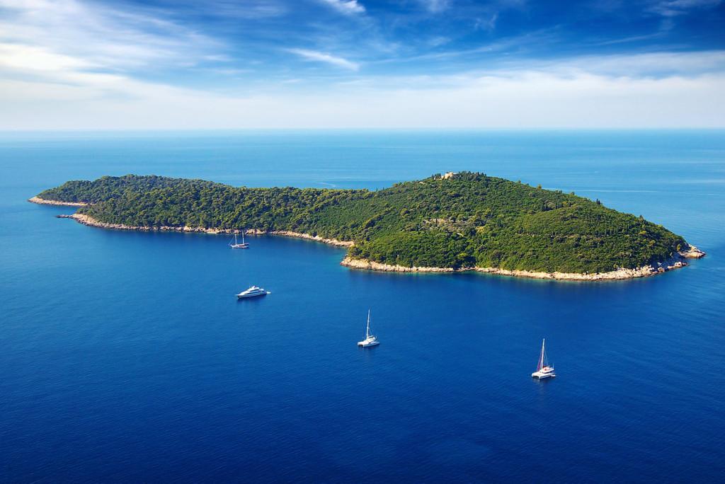 Yanpy Post 90 Yacht Charter Croatia