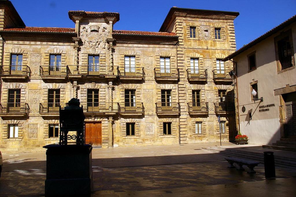 15750537 Aviles Antonio Alba Jpg