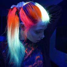 Libérate con colores neón en tu cabello