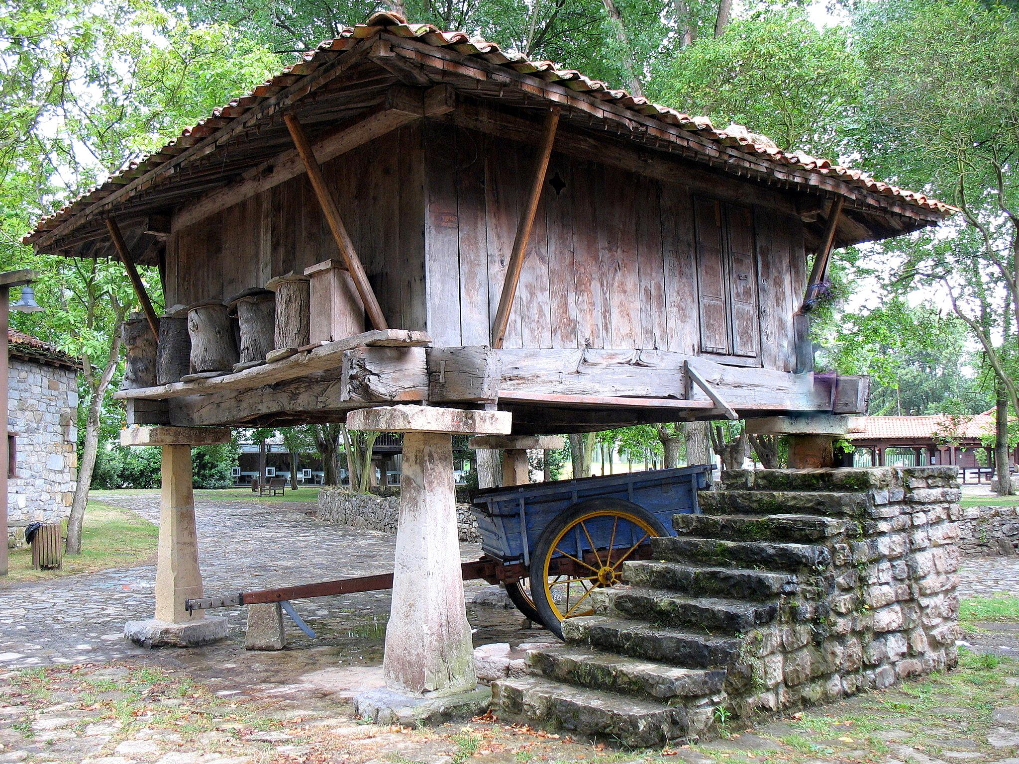 Pueblo De Asturias