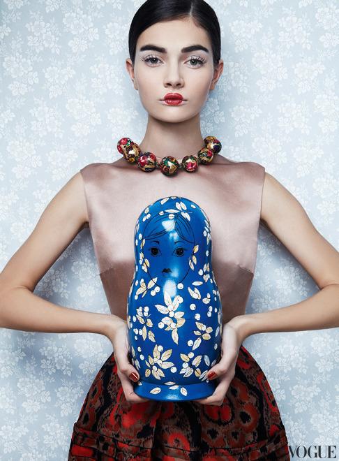 Toy Story Antonina Vasylchenko Danil Golovkin Vogue Russia Dec 2012 10 Jpg