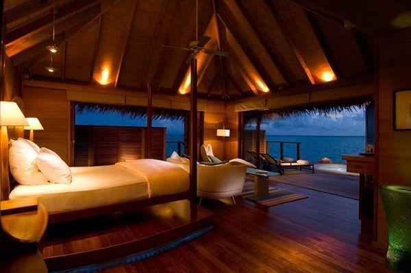 Bedroom Near Ocean
