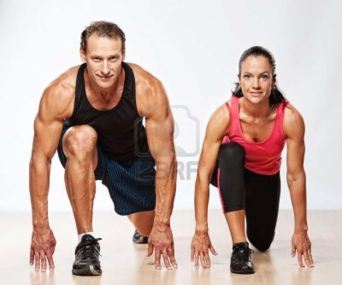 10479406 Athletic Man And Woman Doing Fitness Exercise