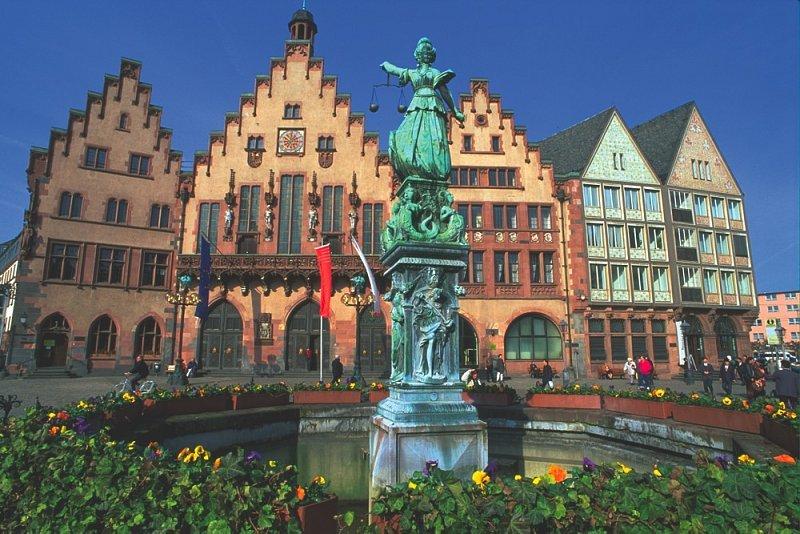 Roemer En Frankfurt