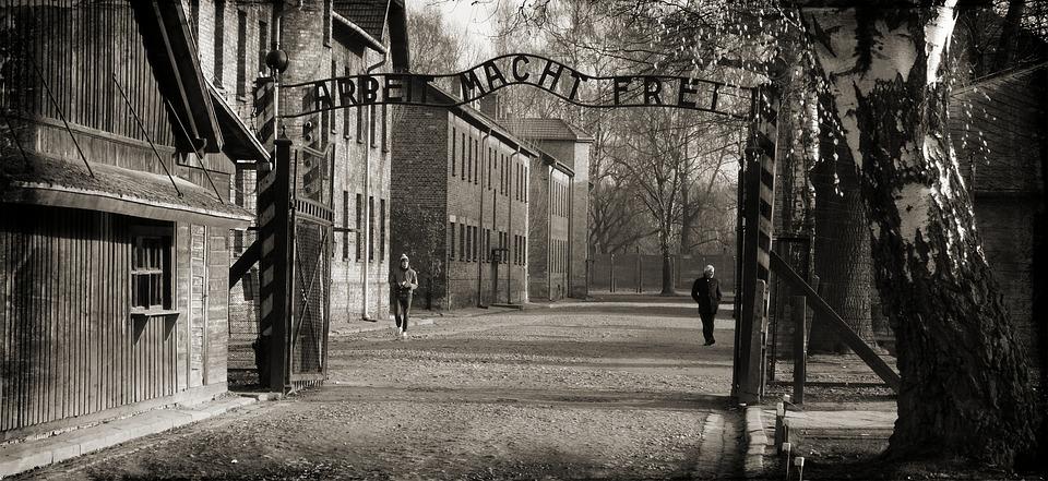 Auschwitz 1066516 960 720