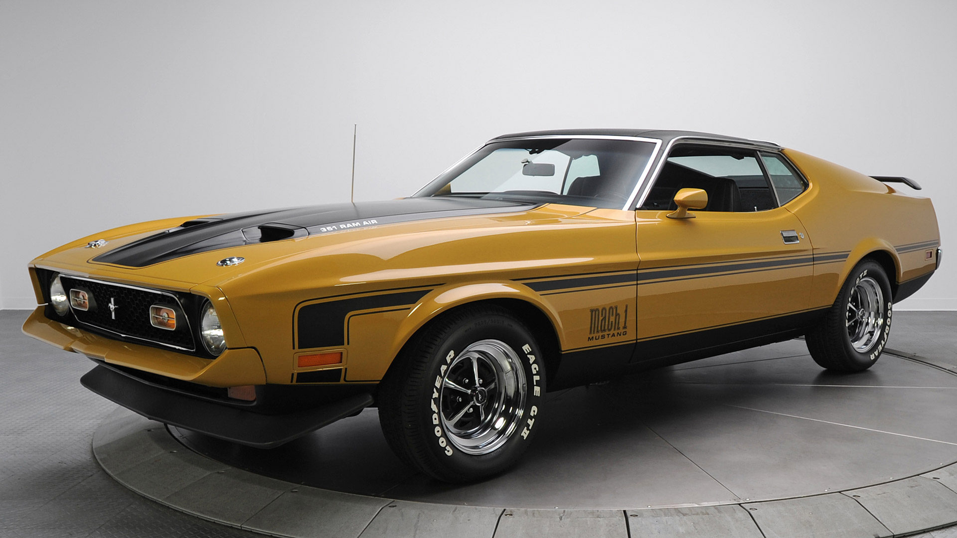 1971 Ford Mustang Mach 1 V4